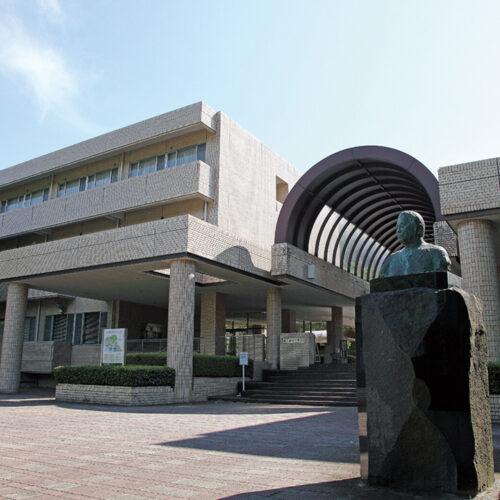 東京家政学院大学
